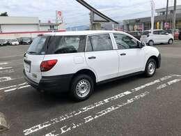 H25 AD 1.6DX 4WD ホワイト 入荷しました☆