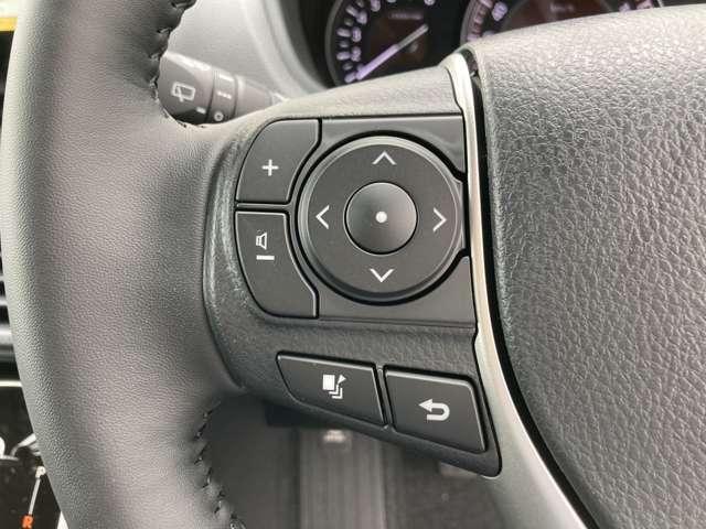 ◆ステアリングスイッチ【目線はそのままでナビなどの操作や音量調整が可能です。スイッチを注視しなくても操作ができるのでとても便利なそ指です。】