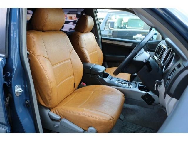 運転席、助手席はお車の中でも特別な場所になります。。助手席に大切な人を乗せてドライブデート・・・。車内を見て、考えるだけでもワクワクしませんか?(笑