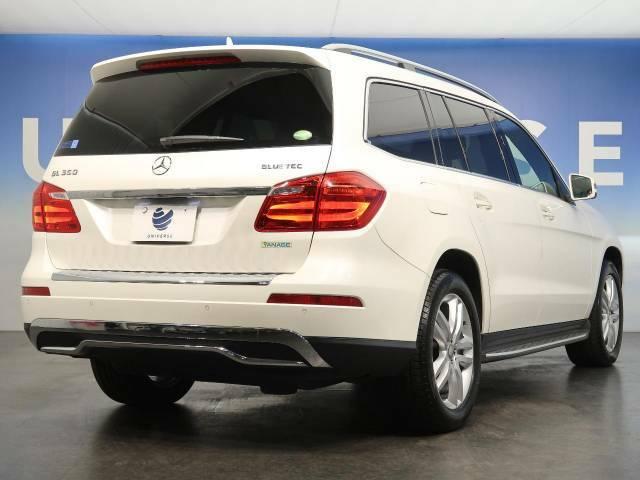 ●弊社は、正規輸入車ディーラーを複製ブランド運営する東証一部上場企業です。専門バイヤーによる厳選した仕入れ、トレンドに合わせた高品質な正規ディーラー車のみをラインナップしております。