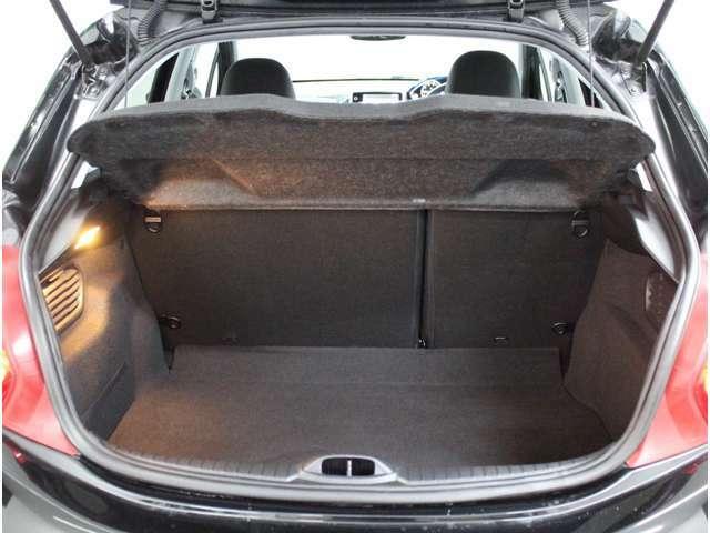 車体はコンパクトでも荷台はこんなに広いです!