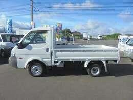 積載1000kg-4WD