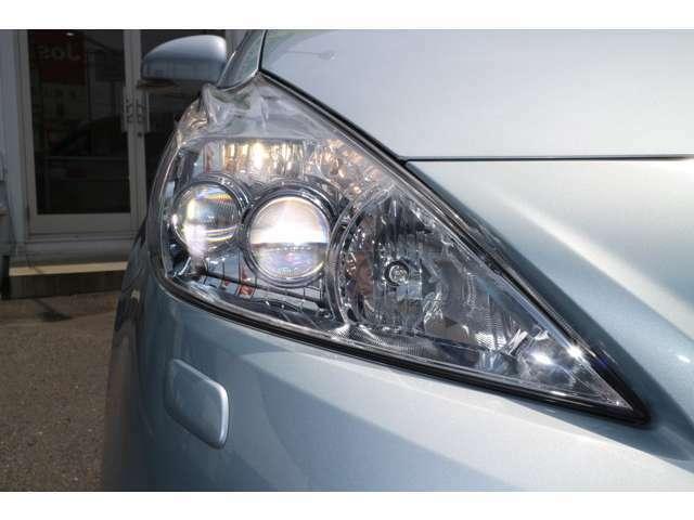省電力で明るく、人気アイテムの純正LEDヘッドライト装着車です。