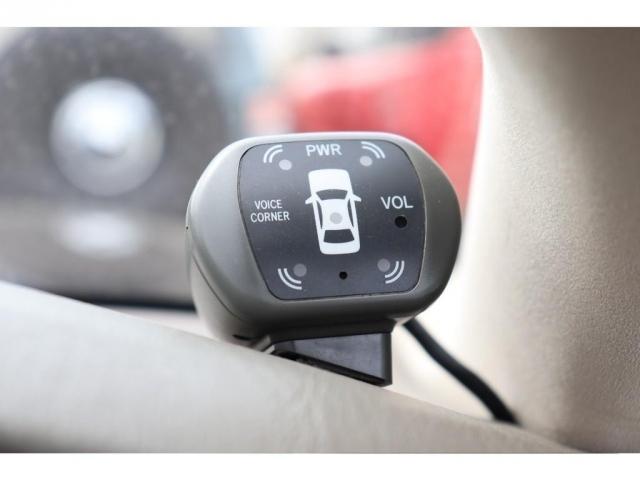 あると便利なコーナーセンサー!頼りすぎてはダメですが(笑)大きなお車の運転で気になるのが、狭い所での駐車などですよね!安心して下さい!センサーついております(笑)