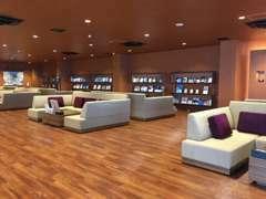 商談スペースは、特別なお時間をお過ごしいただける空間作りをコンセプトとしております。