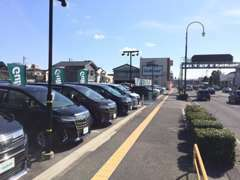 人気車種を中心に良質なおクルマが幅広くご覧頂けます。ガリバー新潟桜木インター店にお越しください!