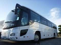 小型車両から大型車両までトラック・バスはジョブカーズ!!