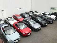 店舗在庫は80台以上 お探しの車が必ず見つかります。