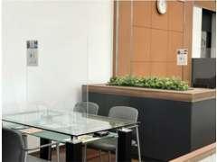 テーブル毎にスペースを広く設けています♪