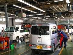 アフターサービスは安心の併設サービス工場で大事な愛車もバッチリです!