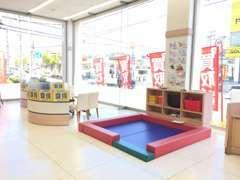 キッズスペースもありますので、小さなお子様連れのお客さまでも安心です!