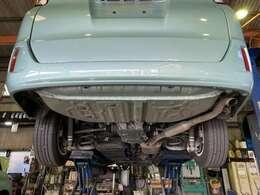 ■モーターネットでは、入庫の際に自社整備工場にて事前の点検を実施し、基準をクリアした車輌のみを展示・販売しております。もちろん全台展示車には車輌状態を明記してご確認頂ける状態にしております。