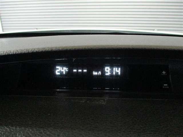 トヨタならではの安心;1;トヨタ品質Car洗浄まるまるクリン施工済み!2;車の状態が一目でわかる!トヨタ認定車両検査員による車両評価証明書つき!3;納車日より1年間の保障(有料で最長2年間延長可)
