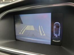●レーンアシスト付きバックカメラ&リアパーキングソナー:レーンアシストとソナーがついているので駐車時も安心です。
