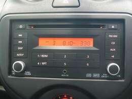 純正CDチューナーラジオ付です。