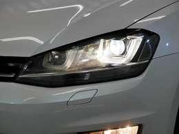 オプション バイキセノンヘッドライトパッケージ☆関東最大級のAudi・VW専門店!豊富な専門知識・経験で納車後もサポートさせていただきます☆