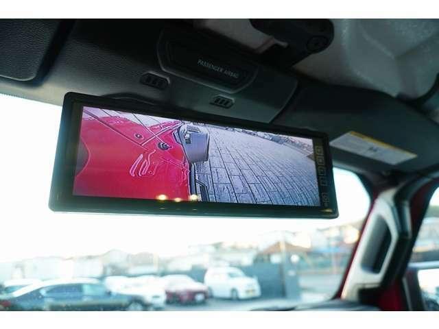 インテリアの操作ボタンも簡単なのでご安心ください!サイドカメラフロントカメラの映像は車内のミラーモニターにて確認いただけます!!