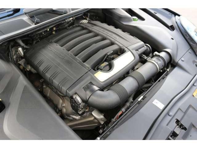 排気量3600ccエンジン!エンジンルームも綺麗な状態です各種ローン、残価設定ローン、実質年利2.9%~7.8%取扱いございます。是非ご相談下さい。!