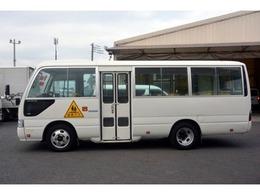 全国納車可能です!!特殊な車両も扱っているので遠方のお客様にも実績があります。遠方のお客様には陸送費など全力で交渉いたしますのであきらめずに一度お問合せ下さい。