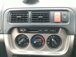 ルーフキャリア/タイベル交換済/5速MT/社外オーディオ/社外ドライブレコーダー/ドアバイザー/フロアマット/ETC/AUX/USB/ヘッドライトレベライザー
