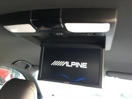 長距離移動の際にも、車内のみんなで、TVやDVDを楽しめます♪♪