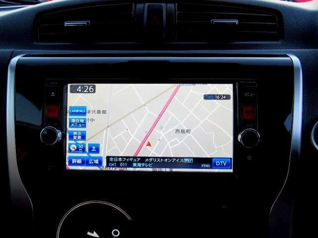 純正SDナビ付!!ワンタッチで目的地を検索可能なタッチパネル式!!もちろんフルセグTV付きなのでドライブ中に視聴頂けます!!またDVD再生も可能です!!