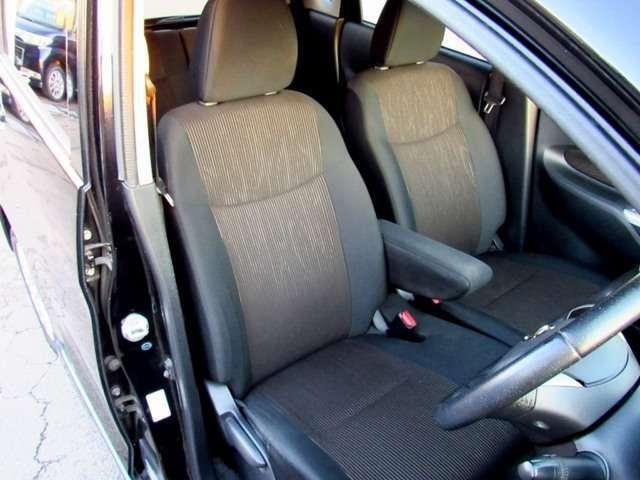 運転席のシート画像になります!!