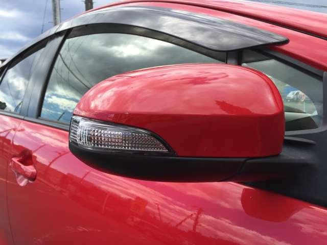 「ウインカーミラー」 見た目だけでなく、対向車からの視認性向上につながって安全度もアップ☆
