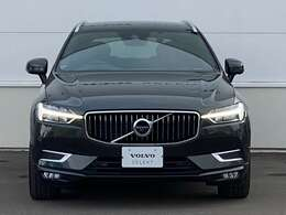 ◆スタイリッシュな人気車「XC60」。中でも上位グレード「Inscription」のこちらには、充実した装備が満載