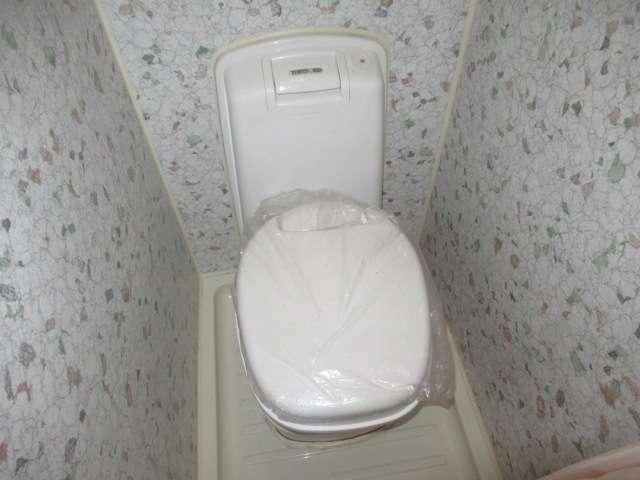 シャワーやカセットトイレも装備しております!