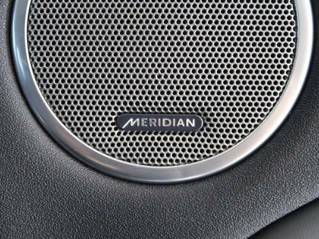 オーディオテクノロジーとデジタルサウンド技術で世界をリードする英国MERIDIAN社と提携開発されたオーディオシステム!澄み切った高音から深みのある低音までしっかりと再現。ぜひ店頭でご体感ください♪