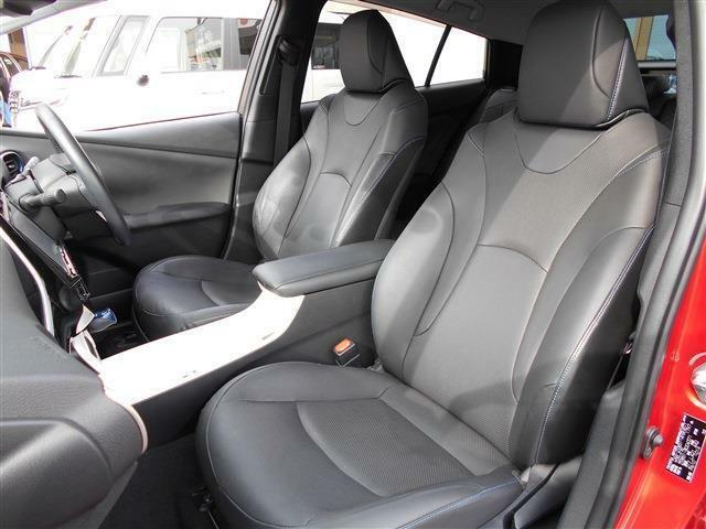 車の販売だけではなく、自動車保険!整備!車検!購入サポート!カスタム!ロードサービス!などなどトータルサポート!!