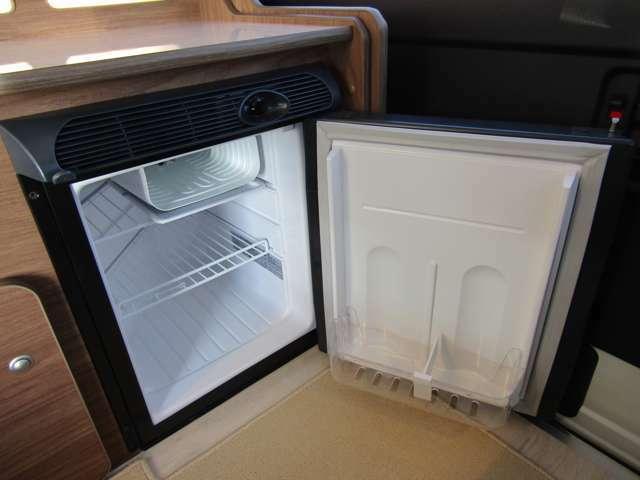 冷蔵庫を標準装備!標準装備が多いのもDSシリーズの特徴です。