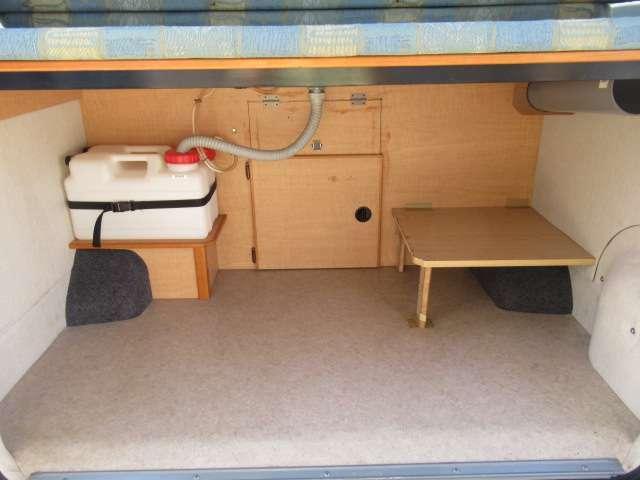 ベット下はトランクルームとなります!たくさんの荷物が収納可能です♪