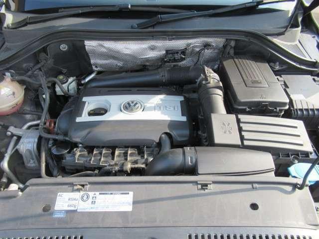 直列4気筒DOHC16バルブICターボ 2000cc