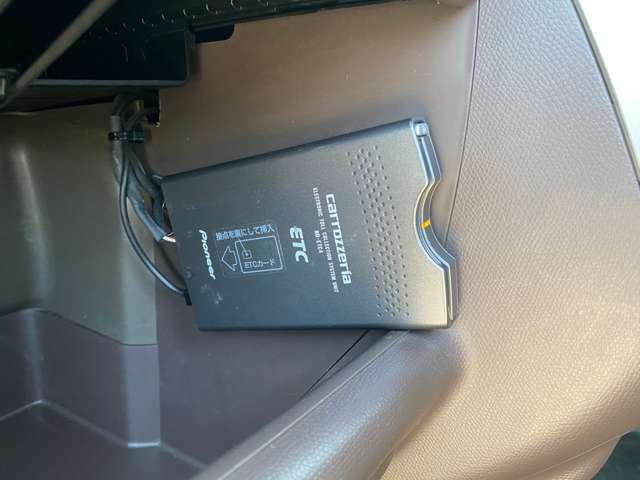 ETCが装備されております。 無料お電話でのお問い合わせは 【0078-6002-449743】 をダイヤルして下さい!!無料でお電話できます!http://www.carkore.jp/