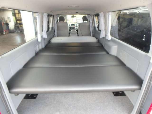Bプラン画像:只今大人気の車中泊に最適!!スペースの有効利用・棚としてもご利用頂けます!!