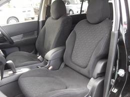 内外装クリーニング済みで綺麗です。納車後も気持ちよくお乗り頂くためにボディガラスコートや安心安全なドライブレコーダー等も取り扱っておりますのでお気軽にご相談ください。