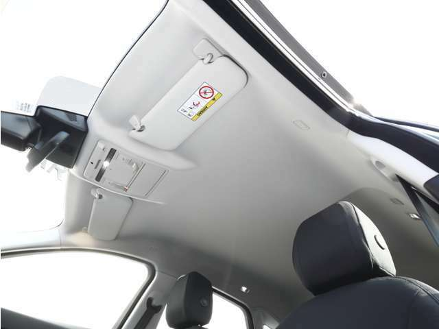 アダプティプクルーズコントロールで運転が楽になります。
