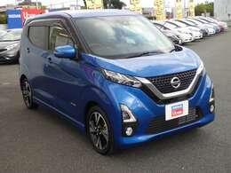 当社の社有車で、主に新車の展示、試乗に使用した車です。安心してご購入いただけます。