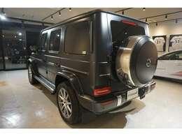 走行距離無制限のメーカー保証継承又は、半年~2年保証を付帯させていただけます。輸入車は故障が不安という方も安心してご検討戴けます。HP: http://www.garage-cloud.com/ free: 0120-3737-59