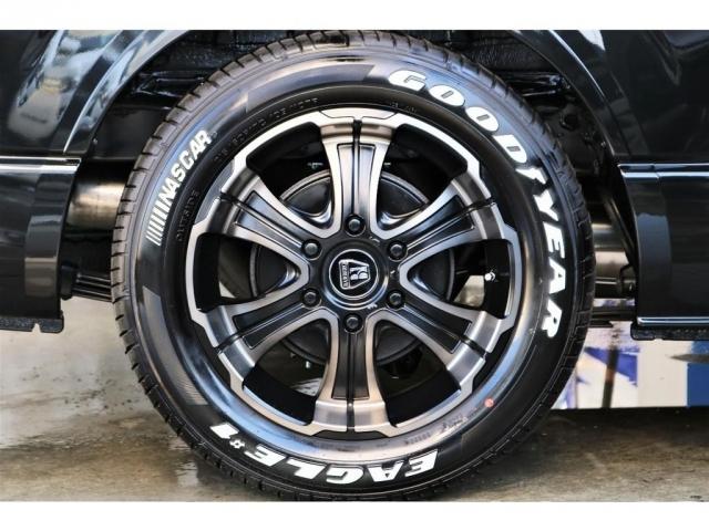 FLEXバルベロディープス17インチナスカータイヤセットを装備!