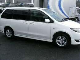 ご購入お車は4000キロもしくは4カ月毎エンジンオイル交換無料!!