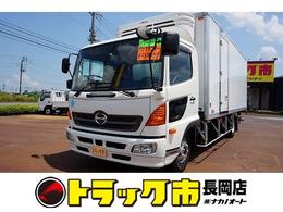 日野自動車 レンジャー 2.6t ワイドベッドレス 低温冷凍車 スタンバイ/格納ゲート付