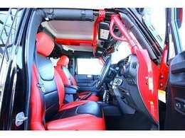弊社の在庫は極力状態の良いお車を厳選仕入し内外装のコンディション維持する為に、お車によって別場所で屋内保管しております。店頭に車両が無い場合がありますので必ずご来店前に予約をお願い致します。
