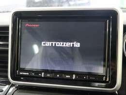 カロッツェリア製8型フルセグナビ装着!ナビ機能はもちろん、オーディオも充実しております。CD/CD録音/DVD/Bluetooth搭載!