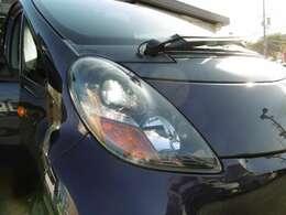HIDライトで暗い道も明るく照らしてくれます!