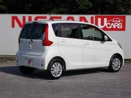 《燃費》25.8km/L(JC08モード・カタログ値/レギュラー)《車体寸法(全長×全幅×全高)》3395x1475x1620(mm)《最小回転半径》4.4m