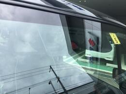 デュアルセンサーブレーキサポートは歩行者も検知(あらゆる状況で作動するとは限りませんので、機能を過信せず安全運転をお願い致します)