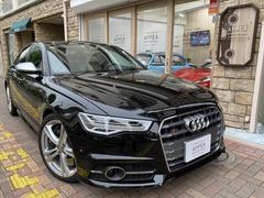 アウディ S6 の中古車 4.0 4WD 東京都板橋区 590.0万円